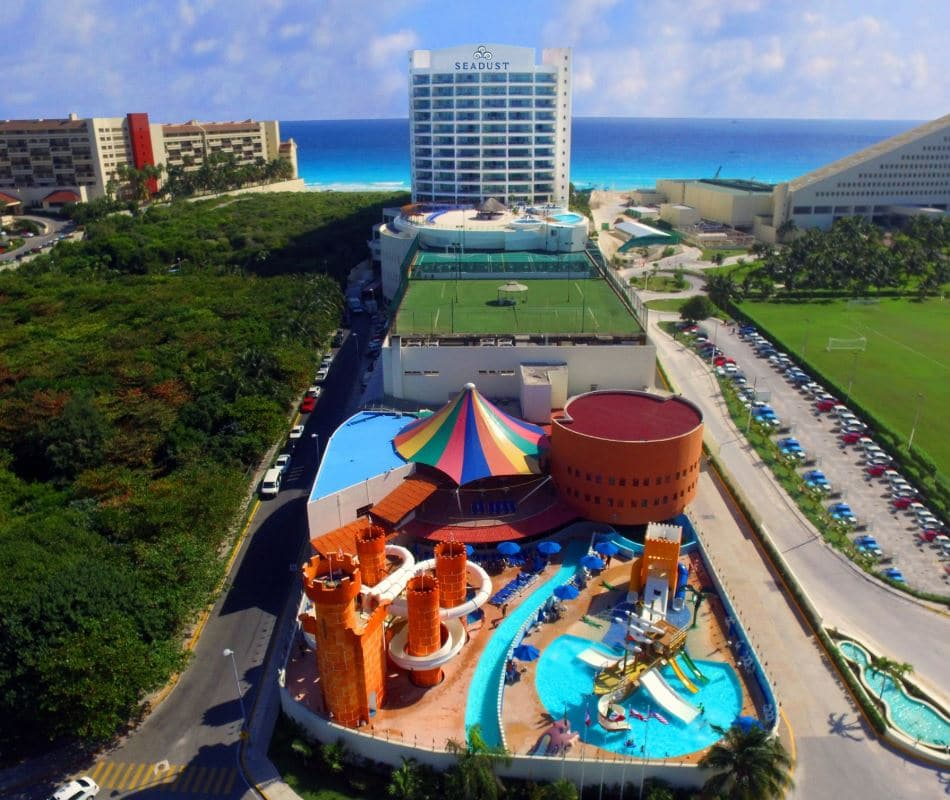 seadust cancun familiy resort_site