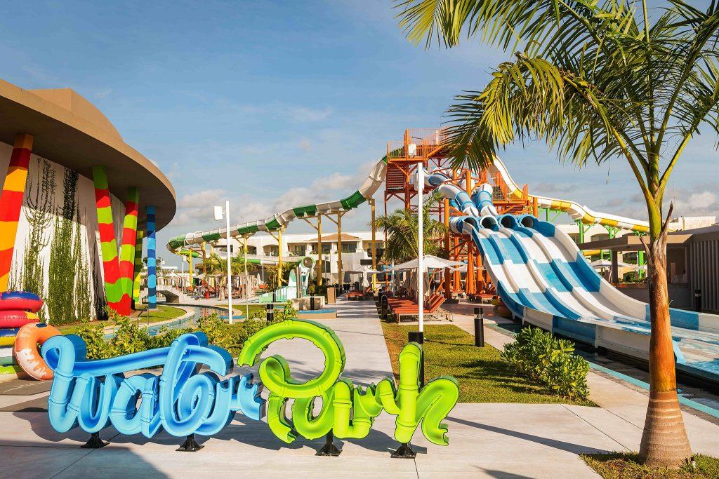 the grand at moon palace_waterpark2