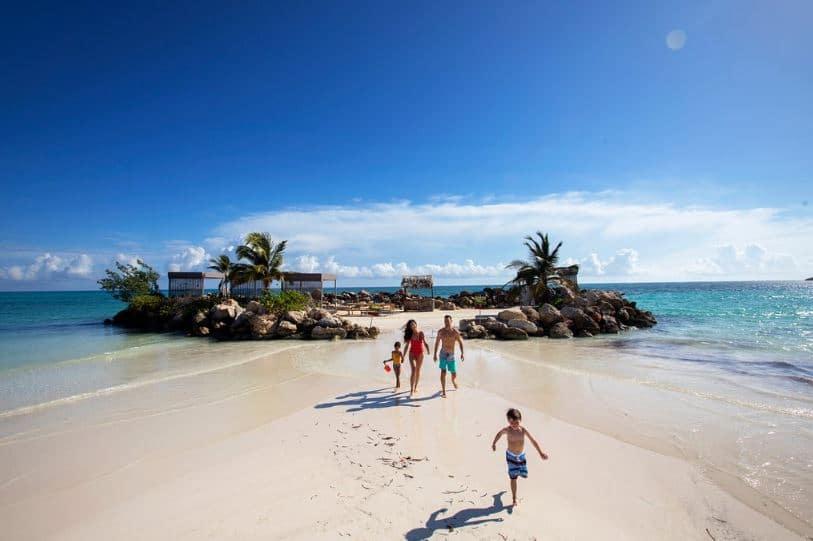 roylaton white sands_island